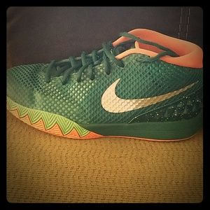 Kyrie Irving #2 shoes
